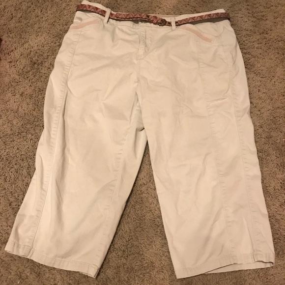c78de4385e14fd Intro ❤️love the fit Pants   Intro Love The Fit Khaki Capri   Poshmark
